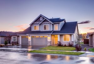 pros and cons of renting or buying